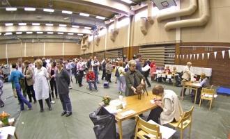 kuva 020143 . yleiskuvaa näyttelypaikalta . 1.10.2005