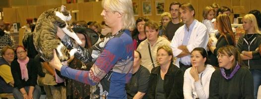 photo 023220 . 2005-10-30