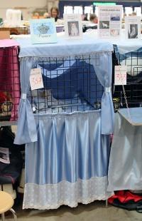 photo 092120 . Ilveslinnan Amir Akanyildiz (Miro) [TUV d 62] light blue cage decoration . 2008-04-27
