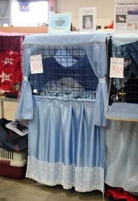 photo 092122 . Ilveslinnan Amir Akanyildiz (Miro) [TUV d 62] light blue cage decoration . 2008-04-27