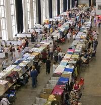 kuva 100081 . yleiskuvaa näyttelypaikalta . 3.8.2008
