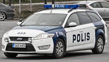 photo 132005 . a police car . 2009-09-26