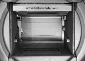 kuva 134183 . bonuskuva Canon EOS 300D peili ylhäällä hajonnut suljin näkyvissä . 10.10.2009