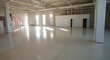 photo 160001 . empty space . 2010-10-02