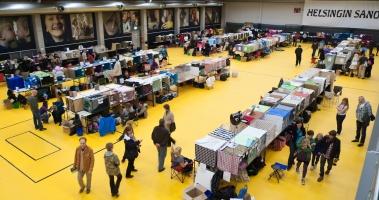 kuva 162154 . yleiskuvaa näyttelypaikalta . 10.10.2010