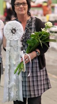 photo 172064 . the white rosette . 2011-04-23