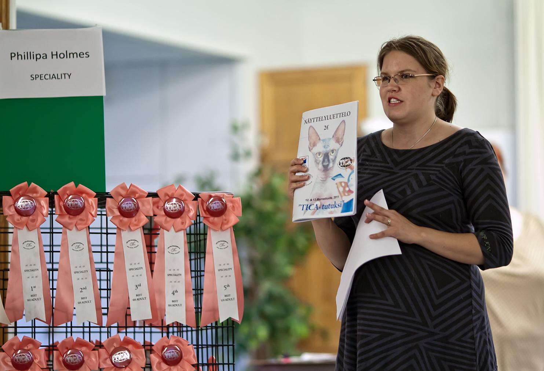 Explaining TICA show, photo 183010, 2011-11-12